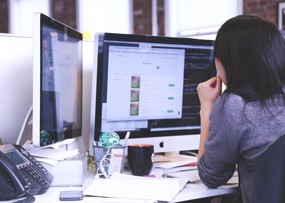 Czy warto stworzyć stronę www firmy?
